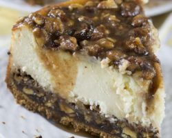 Pecan-Pie-Cheesecake-1-624x790